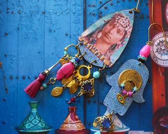 Boucles d'oreilles ethniques portrait oriental, pendentif artisanal cuivre, talisman Hamsa, Bijoux nomades, Amazigh, Marocain, Fujigirls