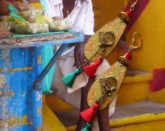Longues Boucles d'Oreilles Ethniques Indiennes, Bijoux Nomades Pompons, Style Hindou, Bijoux Originaux de Créateur, Fujigirls