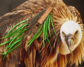 Boucle d'oreille tribale - boucle solo - mono boucle - bijou cuivre - pendentif fait-main - longue boucle d'oreille plumes - bijoux nomades