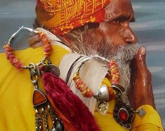 Créoles Tribales Indiennes Banjara, Parure Nomade Hindoue, Anneaux Ethniques Kuchi, Bijoux de Créateur, Soie recyclée, Sari, Inde, Fujigirls