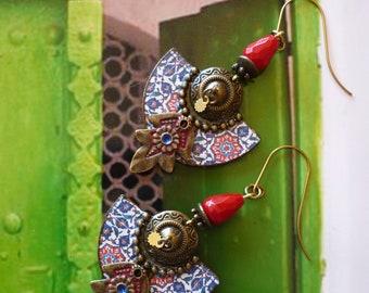 Boucles d'oreilles pendantes tribales de style oriental, bijoux nomades originaux, motifs tuiles zellige, ethnique, original, fujigirls
