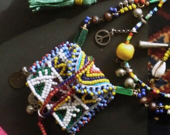Collier Nomade Amulettes - Collier Multi-rangs Talisman - Style Tribal Oriental - Berbère Kuchi - Bijoux Ethniques - Afghan - Kuchi