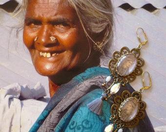 Boucles d'Oreilles bohèmes Indiennes, Boucles d'Oreille Cabochon Hindi, Bijoux Hindou, Miniatures Moghols, Mughal, Ethnique Indien Fujigirls