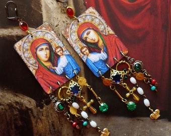 Boucles d'oreilles religieuses icône Madone et l'enfant, Bijoux Bohèmes de style vintage, Vierge Marie, gothique, Baroque, Jesus, Fujigirls