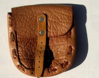 Original vintage en cuir marron clair ceinture sac avec plus de détails  String enfilé, circa 1980   s ef399964e62