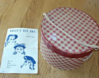 Vintage Dolly's Hat Box with 3 Made Hats