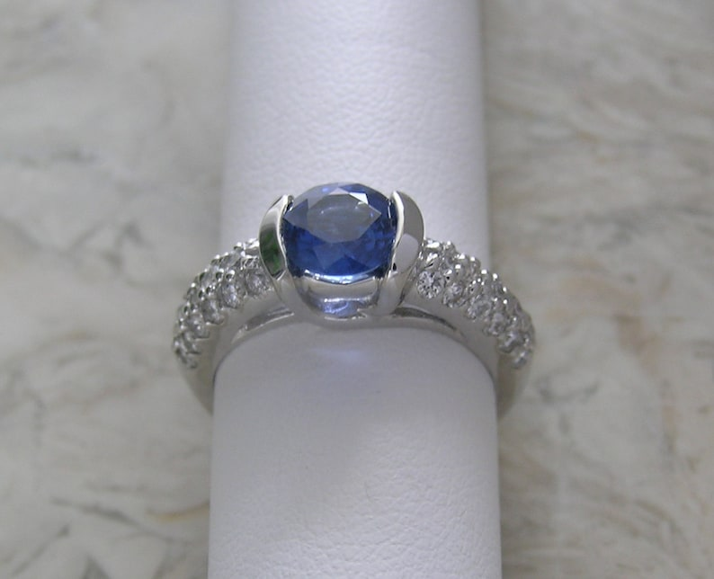 Sale Vintage Engagement Ring Natural Sapphire and Diamond 18K image 0