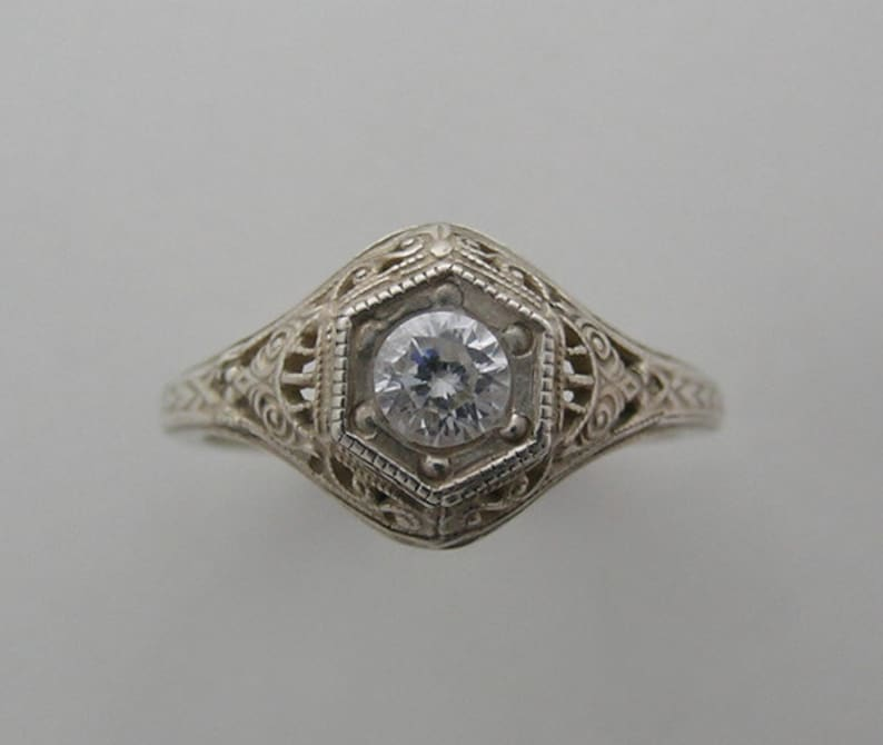 14K White Gold Filigree Antique Art Deco Style Diamond Ring image 0