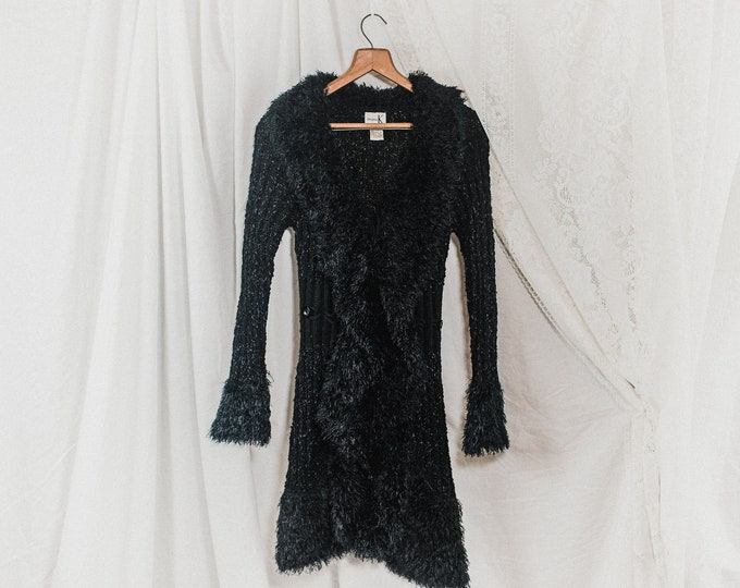 2000s fuzzy black sweater // Y2K aesthetic // 90s witchy vintage soft jacket // outwear size small