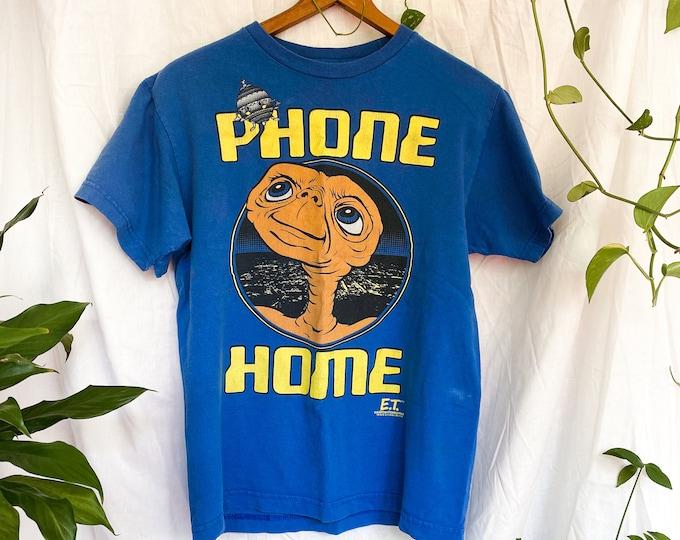 2000s vintage ET movie t-shirt // blue tee shirt // ET phone home