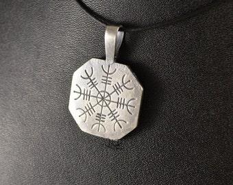 Vegvisir / Aegishjalmur, octagonal sterling silver pendant or bronze
