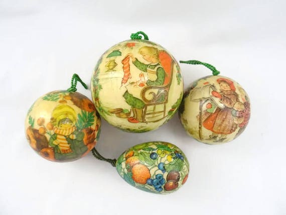 Vintage Decoupage Christmas Ornaments Lot of 4 Old Fashioned Kids Fruit  Reflections Barry Patch 1977