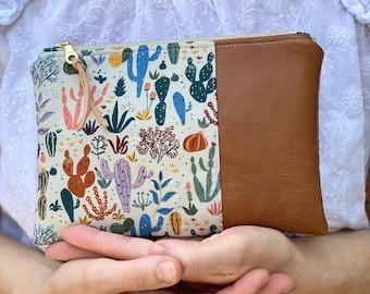 Cactus Essential Oil Bag, Cactus Zipper Pouch, Cactus Wristlet Bag, Cactus Clutch, Cactus Oil Wallet, Leather Oil Wallet
