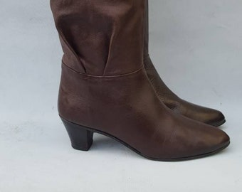 c822917a0 Woman's Vintage 1980's Ravel Slouch Style Brown Leather Boots. UK size 4.