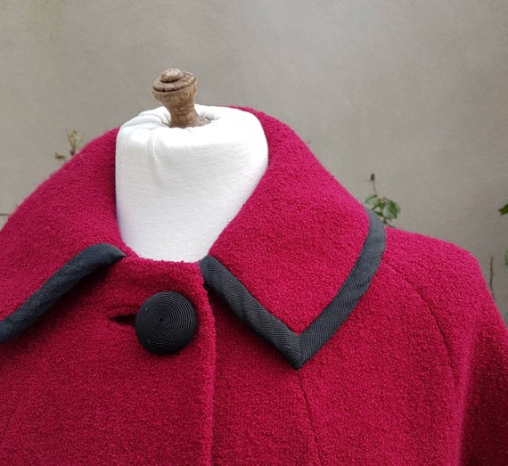 milium insulated fabric 50s vintage clothing women hot pink button coat 1950s red boucle tweed cocoon coat medium large