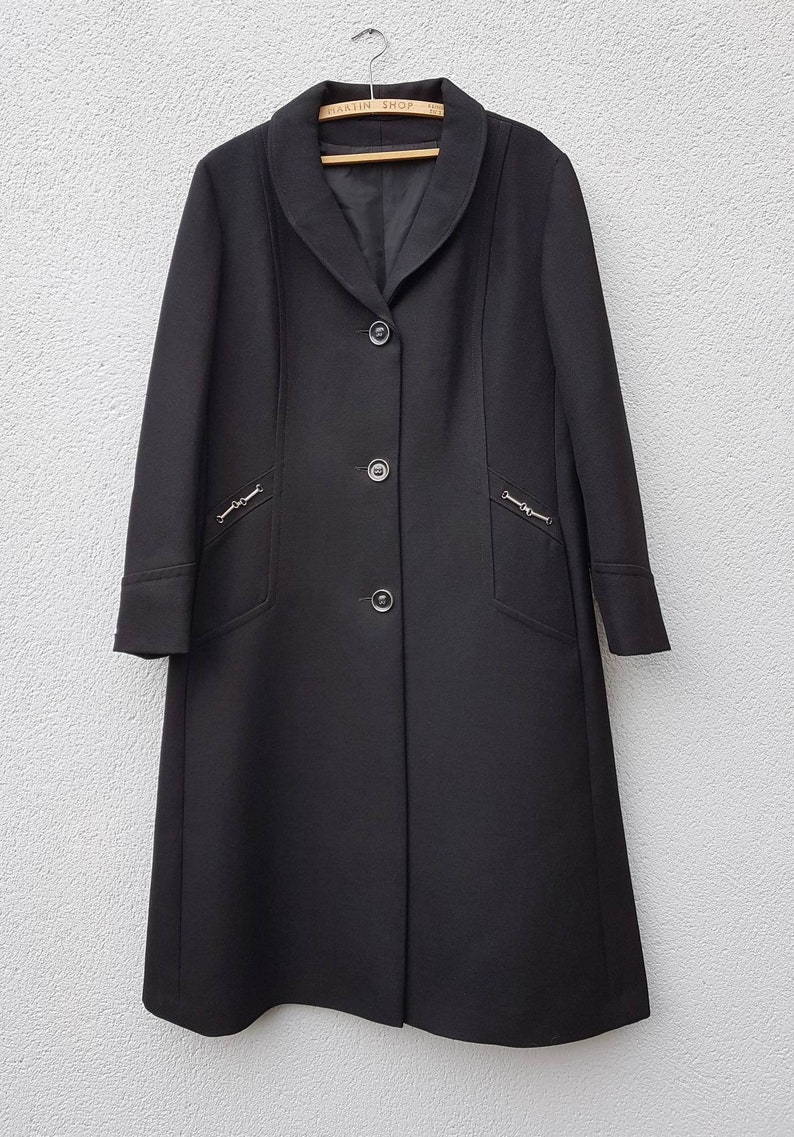 UK Size 16. Vintage 1960/'s Black Pure Mod  Wool Coat with Chrome Silver Chain Detail