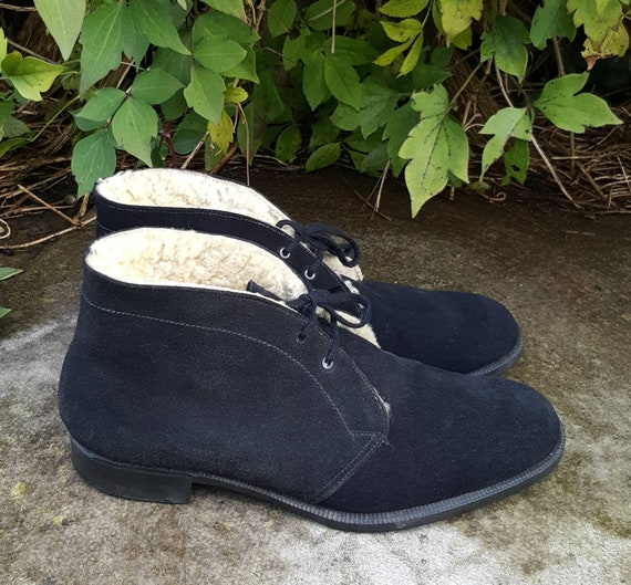 25 % Reduction !! Vintage 1960's Black Suede and S