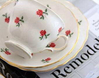 Pretty Colclough tea trio ~ red rosebud on white with gold trim