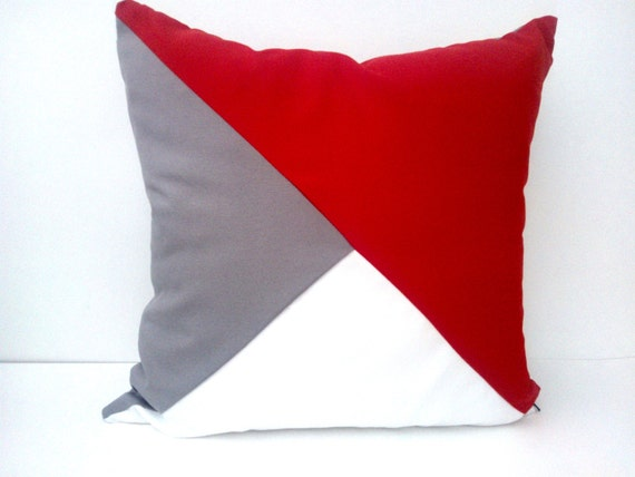 OFFER HURRY! Geometric Pillow Cover, 50% Discount