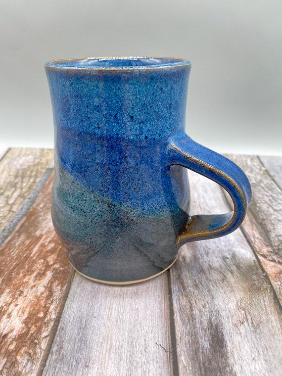 Blue bubble mug