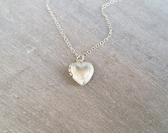 Silver heart necklace, Locket necklace, Heart pendant necklace, Necklaces for women, Simple heart necklace, Silver heart jewelry