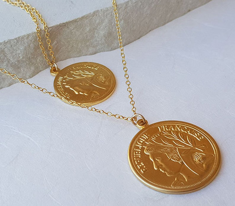 Boho Necklace Gold Medallion Necklace Gold Disc Necklace Coin Necklace Set Gifts for Women Layered Necklace Layering Coin Necklace
