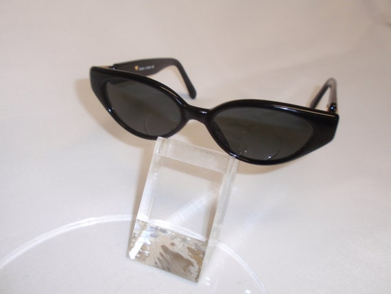 Vintage Cat Eye Optical Quality Sunglass (Black) (SALE)