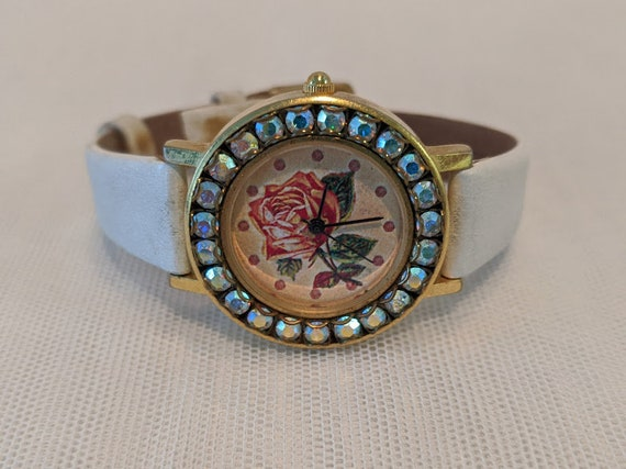 Vintage John Wind English Rose Watch. English Rose and Iridecent Rhinestone Ladies Watch. White Leather Band and Rose/Rhinestone Wristwatch