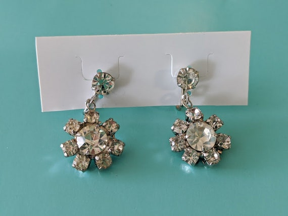 Vintage Rhinestone Dangling Screw Back Earrings. Dangling Rhinestone Flower Screw Back Earrings. Silver Tone