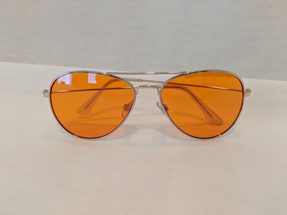 Vintage High Definition Orange Lenses. Gold Wire Aviator Sunnies with Orange Lenses. High Definition Lenses. Cool Hippie style Aviators.