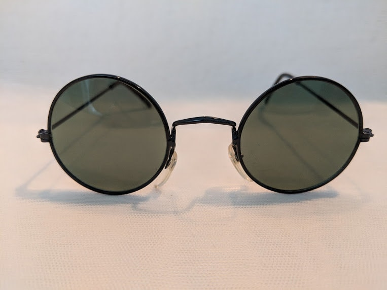 b410454efc4e Vintage Small All Black Wire Round Sunglasses. Perfectly Round ...