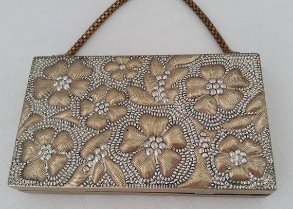 Vintage Evans Embossed Metal Compact Box. Evans Flapper Make Up Compact. Art Deco Flower Embossed Minaudierre Metal Rectangular Clutch.SALE
