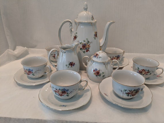 Vintage GKC Coffee/Tea Set. Germany US Zone. Porcelain Coffee/Expresso Cup Set Made in Germany. Dainty Coffee/Tea Set.