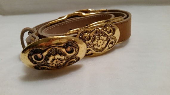 Vintage Leatherock Tan and Gold Belt. Tan Leather Belt with Gold Ornate Flower Buckles, Designer Leather Belt Leatherock, San Diego Ca. USA
