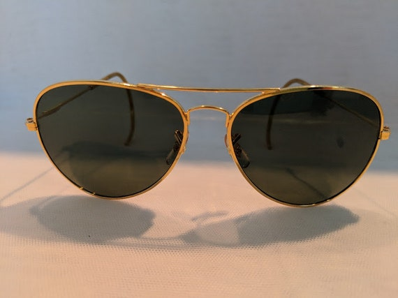 Gold / Vintage Large Aviator Sunglasses With Cable Ear Pieces. Gold Aviator Sunnies With Impact Resistant Glass Lenses. Cool Wire Aviators