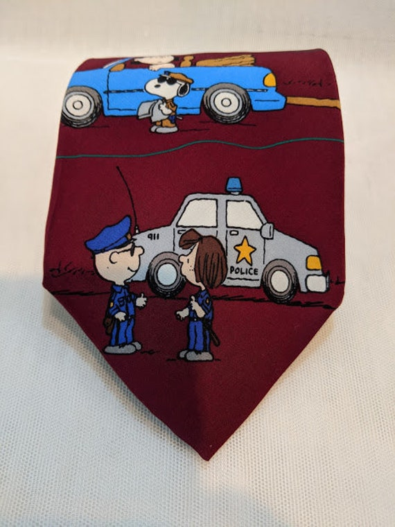 Vintage Peanuts Novelty Necktie. Peanuts All In A Day's Work Necktie. Novelty Necktie