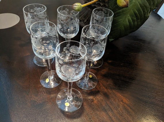 Vintage Crystal Stem Cordials Set of Six.  Etched Flowers Fluted Cordials Made In Hungary. 2OZ Sherry Stem Fluted Crystal Cordials. Etched