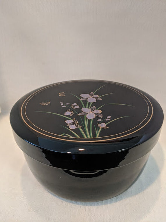 Vintage Japanese Lacquerware Lidded Bowl.  Black Lacquer With Orchad Flowers Rice Serving Bowl. Lacquer Rice Serving Bowl Set. Lidded Bowl