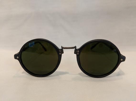 Vintage Retro Round Black Sunglasses. Small Round Horn Rimmed Vintage Sunglasses. 1980's Round Black Sunnies. Hippie Sunnies