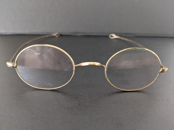 Vintage 12K GF Small Oval Wire Specs. Antique Oval Wire Eyeglasses with Loop Ends For a Cord or Ribbon. Vintage Optical Oval EyeGlasses