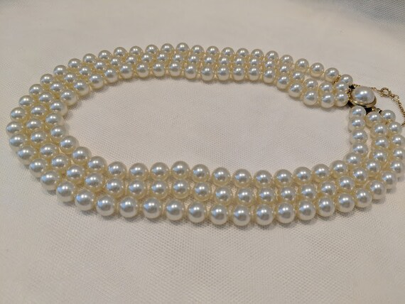 Vintage Mallorca Three Strand Pearl Choker Necklace. Majorica Pearl Necklace From Spain. Beautiful Lustrous Peals.