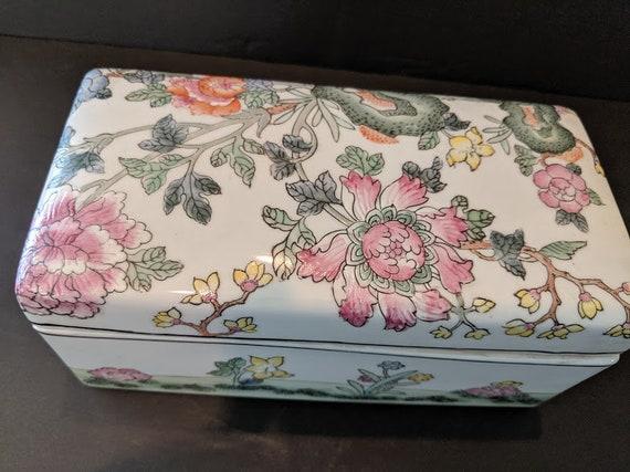 Vintage Chinese Porcelain Box. Hand Painted Ceramic Box. Beautiful Hand Painted Floral Porcelain Keep Sake Box. Pastel Flowers Porcelain Box