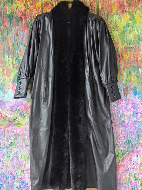 Vintage Toppolino Long Leather Coat with Fox Trim. Soft Black Leather Coat/ Fox Collar And Trim. Long Leather Coat Made in Italy.