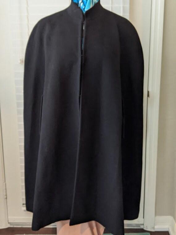 Vintage Black  Wool Cape.  Wool Cloak.Gothic Long Black Wool Cape. Wool Poncho