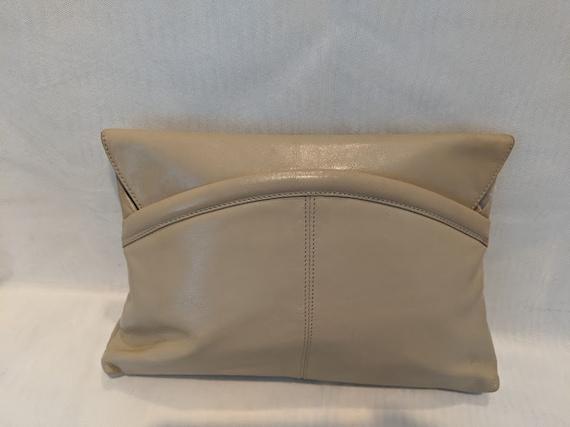 Vintage Rodo Beige Shoulder Bag. Vintage Bonwit Teller 5th Ave Beige Leather Clutch. Rodo Italy Leather Shoulder/Clutch Evening Bag.