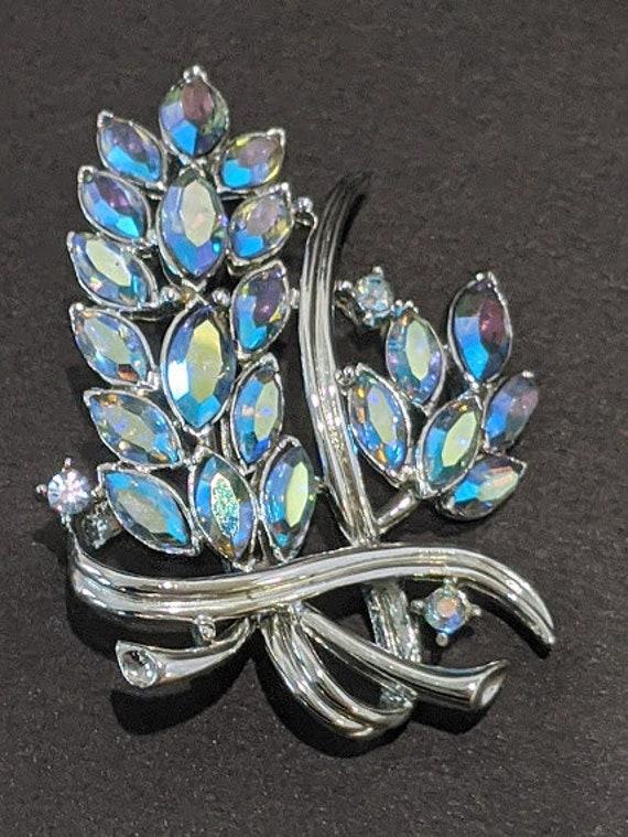 Vintage Coro Aurora Borealis Blue Rhinestone Brooch. Blue Iridescent Leaf Brooch. Brooch Signed Coro . Beautiful Blue Rhinestone Brooch