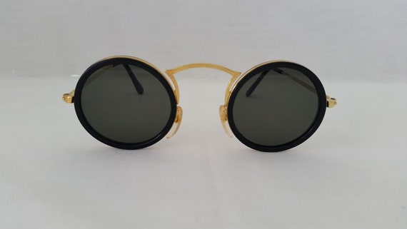 Vintage Round Gold Wire & Plastic Sunglasses. Round Black and Gold Wire Sunglasses. Perfectly Round Black Sunglasses. Retro Specs.