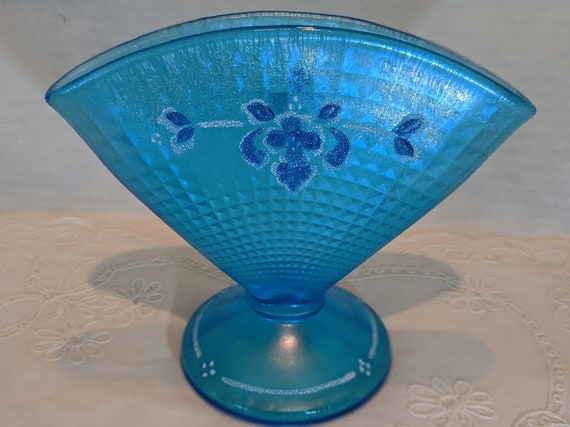 Vintage Fenton Celeste Blue Fan Vase. 90th Anniversary Limited Edition Stretch Glass Fan Vase. Hand Painted Fenton Celeste Blue Fan Vase