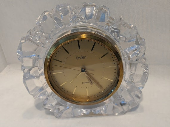 Vintage Linden Crystal Mantle Clock. Crystal and Brass Bookcase Alarm Clock. Linden Crystal Battery Operating Desk Clock. Bedside Clock