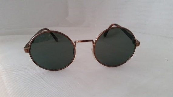 Vintage Round Metal Wire Sunnies. Dark Copper Frame Round Sunglasses. John Lennon Style Specs. Perfectly Round Sunglasses. Retro Unisex
